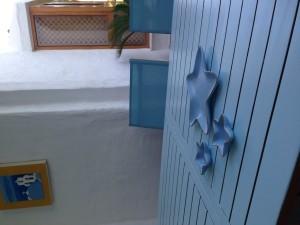 Mesa pintada esmalte al agua